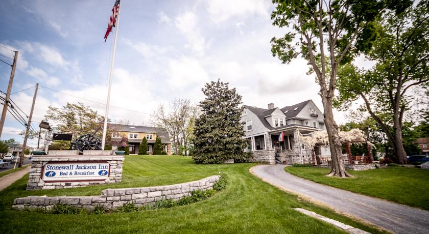 ���� ����� The Stonewall Jackson Inn -