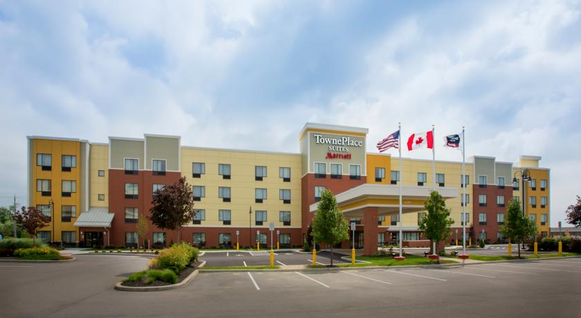 Фото отеля TownePlace Suites by Marriott Buffalo Airport 3*