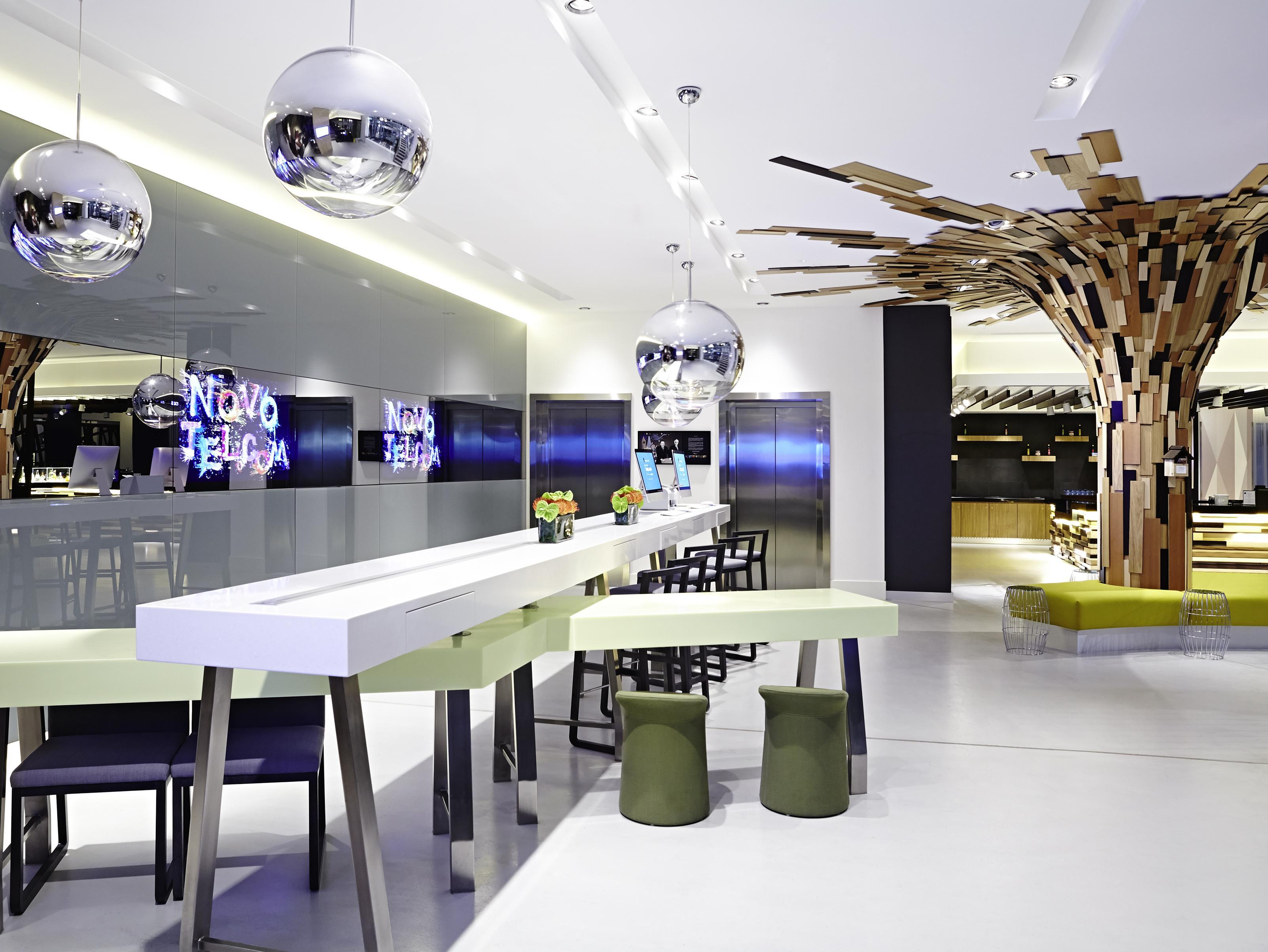 Фото отеля Novotel London Brentford 4*