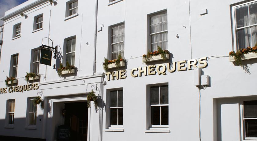 ���� ����� The Chequers 3*