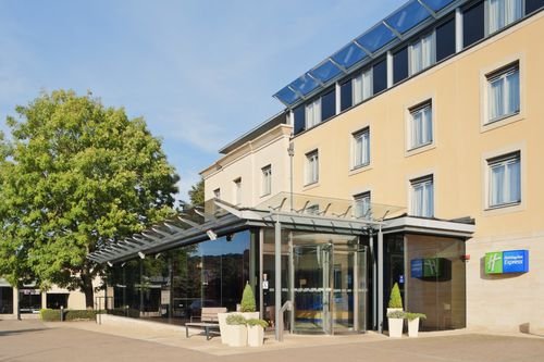 Фото отеля Holiday Inn Express Bath 3*
