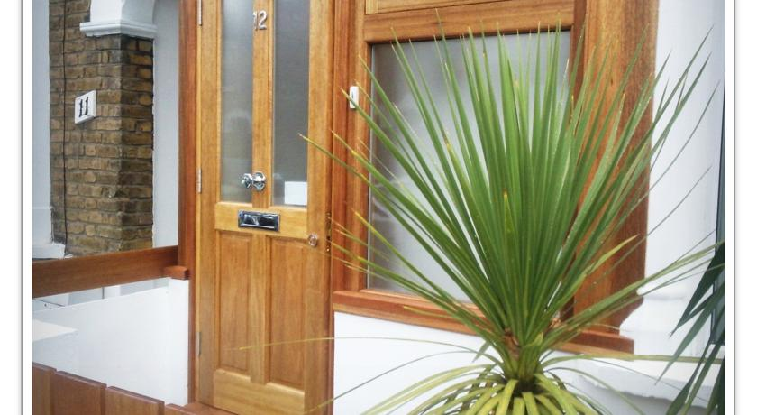 ���� ����� Hythe Close Rooms to Let -