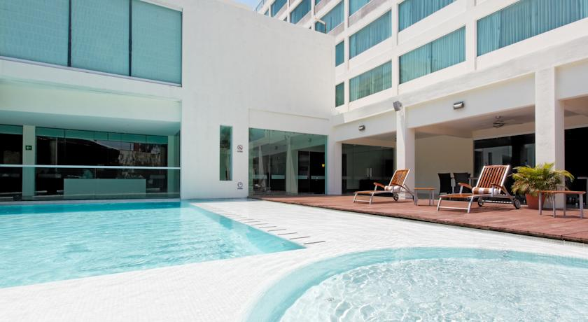 Фото отеля Crowne Plaza Villahermosa 3*