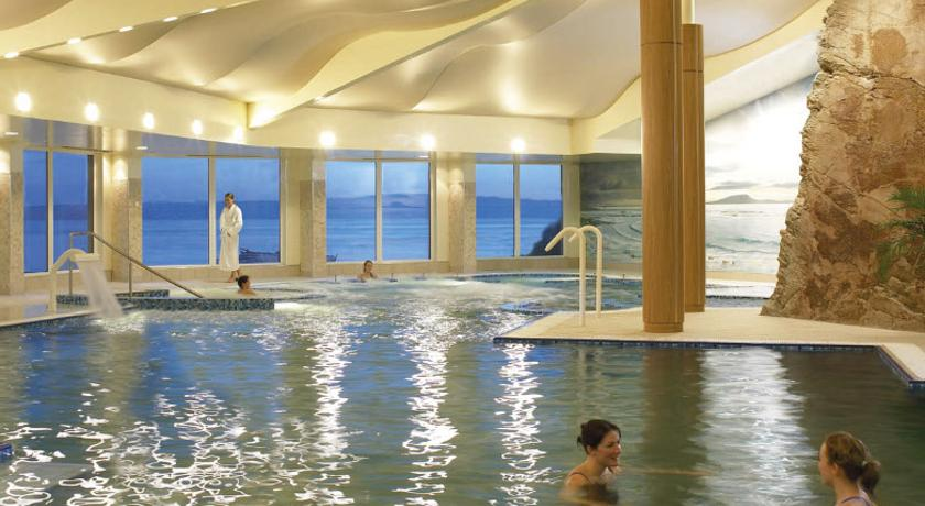 Фото отеля Redcastle Spa & Golf Resort 4*