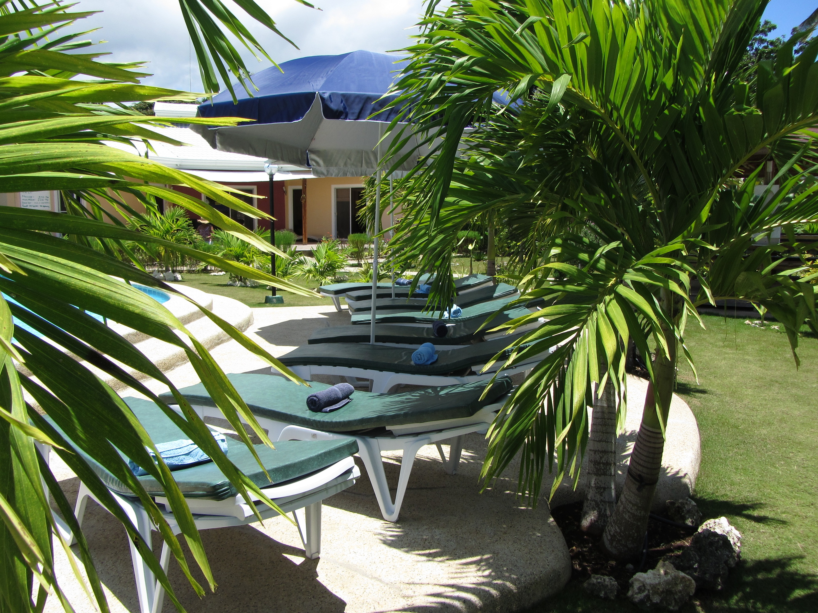 Фото отеля Bohol Sunside Resort -