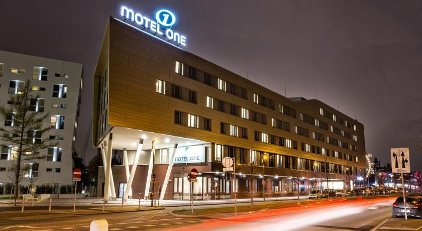 Фото отеля Motel One Wien-Prater -