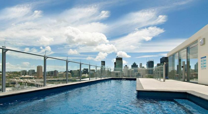���� ����� South Central Apartments -