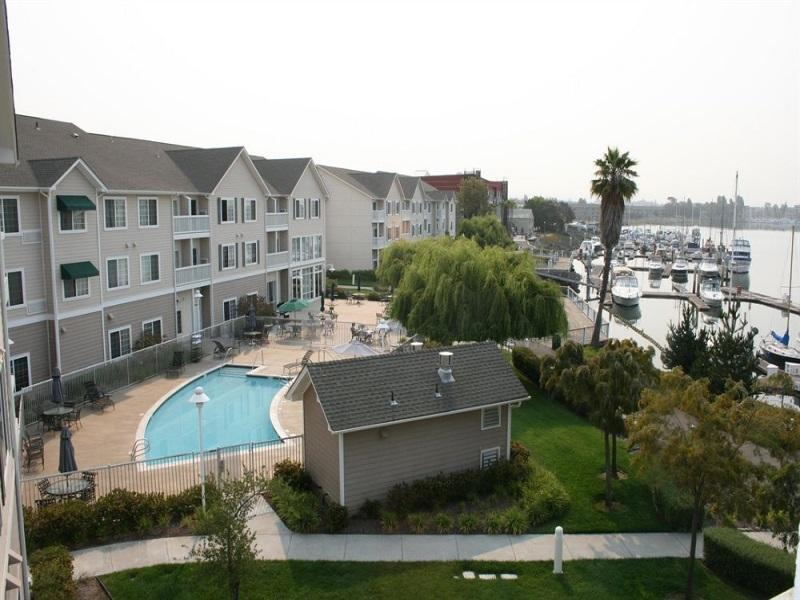 Фото отеля Homewood Suites by Hilton- Oakland-Waterfront -
