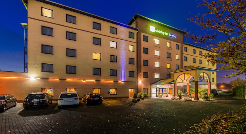 Фото отеля Holiday Inn Express Cologne Troisdorf 3*