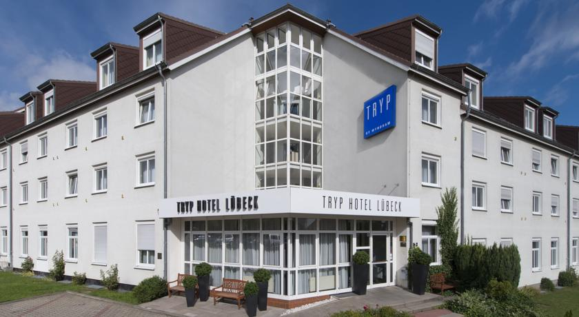 Фото отеля Tryp by Wyndham Luebeck Aquamarin 3*