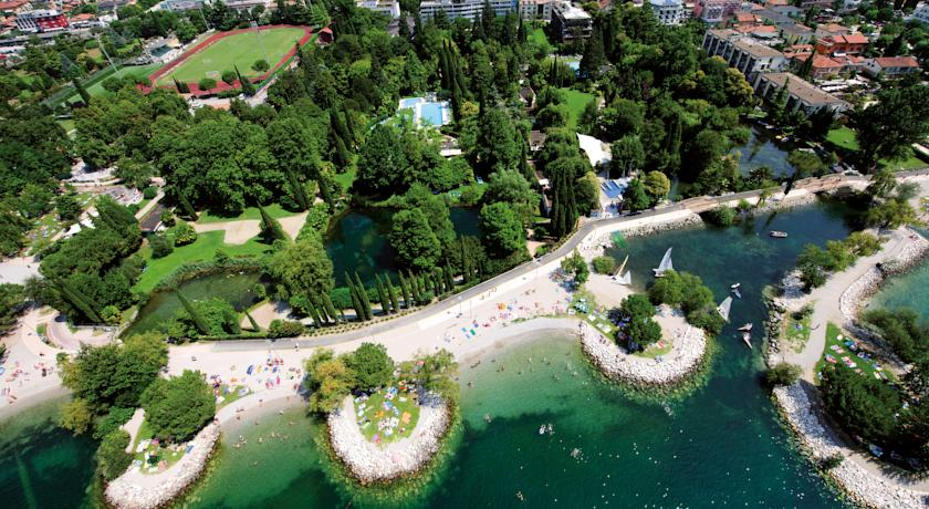 Фото отеля Du Lac et Du Parc Grand Resort 4*