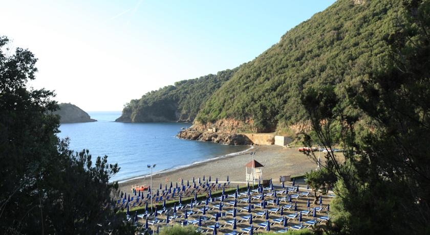 Фото отеля TH Resorts Village Club Ortano Mare EX VentaClub Ortano Mare -